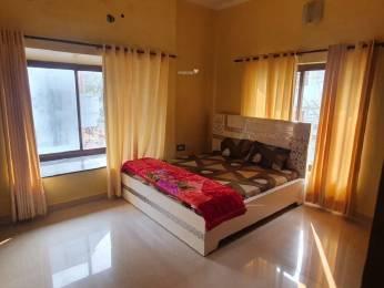 greens Bedroom