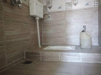 1-hallmark-aveneu-phase-ii Bathroom