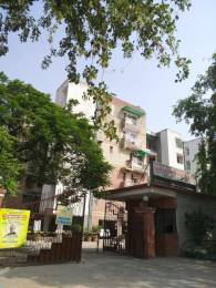 Reputed Kamakshi Apartment Elevation