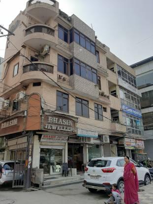 Reputed Raja Park Apartment Elevation