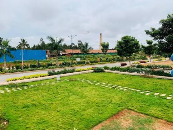 guru-punvaanii-eka Plot
