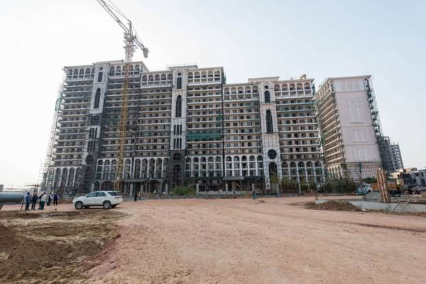 DLF The Skycourt Construction Status