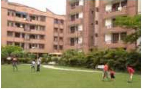 maple-apartments Children's play area