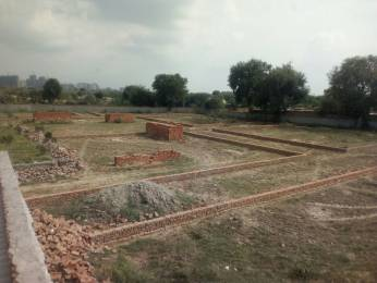 450 sqft, Plot in Builder Project Sector 121, Noida at Rs. 7.5000 Lacs