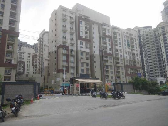 795 sqft, 2 bhk Apartment in Paras Seasons Sector 168, Noida at Rs. 37.0000 Lacs