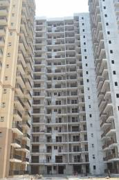 1010 sqft, 2 bhk Apartment in Builder La Residentia Noida Extension, Greater Noida at Rs. 33.5000 Lacs