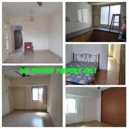 650 sqft, 1 bhk Apartment in Builder adarsh nagar society Prabhadevi, Mumbai at Rs. 2.6000 Cr
