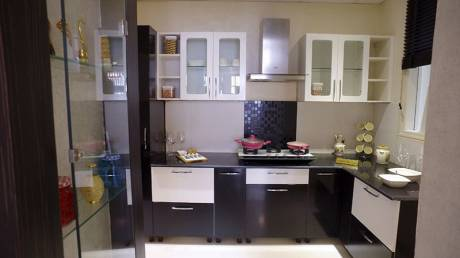 900 sqft, 1 bhk Apartment in Builder Project Lalbagh, Lucknow at Rs. 10000