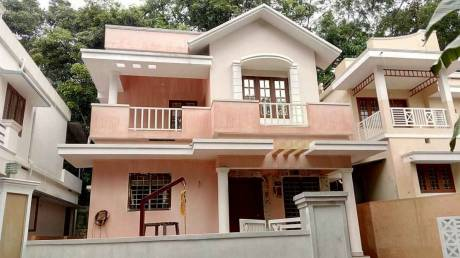 1400 sqft, 3 bhk IndependentHouse in Builder Project Thripunithura, Kochi at Rs. 47.0000 Lacs