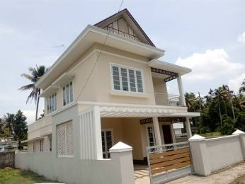 2450 sqft, 3 bhk IndependentHouse in Builder Project vyttila, Kochi at Rs. 90.0000 Lacs