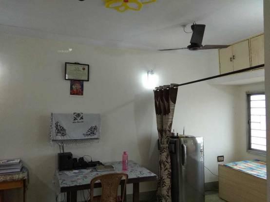 795 sqft, 2 bhk Apartment in Builder Hind Apartment Howrah Maidan, Kolkata at Rs. 35.7700 Lacs