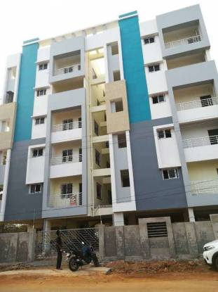 1300 sqft, 3 bhk Apartment in Builder Navadeep classic Vadlapudi, Visakhapatnam at Rs. 36.0000 Lacs