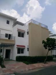 2185 sqft, 3 bhk Villa in Paramount Golfforeste Villas Zeta, Greater Noida at Rs. 12000