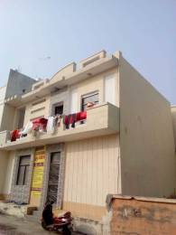 1000 sqft, 4 bhk Villa in Builder Project Vrindavan, Mathura at Rs. 45.0000 Lacs