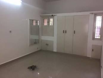 1300 sqft, 3 bhk Apartment in Builder Project Mayur Vihar I, Delhi at Rs. 35000