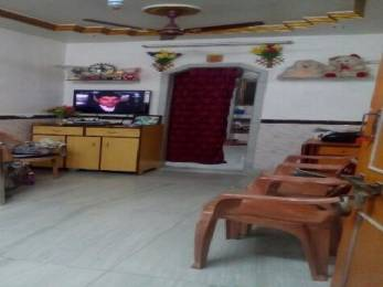 500 sqft, 1 bhk IndependentHouse in Builder Project Kandivali West, Mumbai at Rs. 68.0000 Lacs