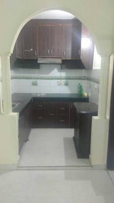 900 sqft, 3 bhk Apartment in Builder Project laxmi nagar near metro station, Delhi at Rs. 68.0000 Lacs