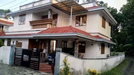 2000 sqft, 3 bhk IndependentHouse in Builder Project Perumbavoor, Kochi at Rs. 12000