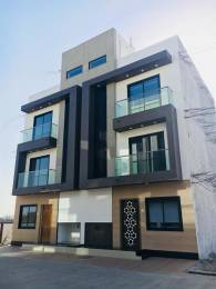 1800 sqft, 4 bhk IndependentHouse in Builder Project Unn Patiya, Surat at Rs. 48.0000 Lacs