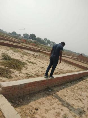 1400 sqft, Plot in Builder Bashani badagaon Airport Railway Station Road, Varanasi at Rs. 16.8000 Lacs