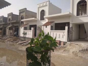 900 sqft, 2 bhk IndependentHouse in Builder Project NH2, Mathura at Rs. 32.0000 Lacs