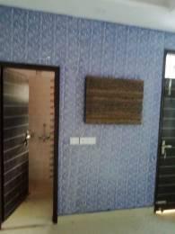 900 sqft, 3 bhk BuilderFloor in Builder Project laxmi nagar, Delhi at Rs. 25000