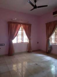 1700 sqft, 2 bhk IndependentHouse in Builder Project Kaloor, Kochi at Rs. 20000
