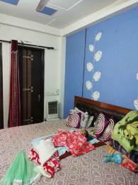 900 sqft, 3 bhk BuilderFloor in Builder Project Shakurpur, Delhi at Rs. 25000