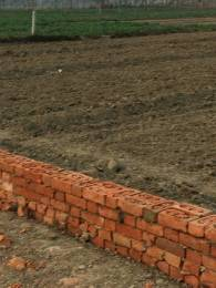 1500 sqft, Plot in Builder Project Jhalwa, Allahabad at Rs. 13.5000 Lacs