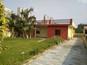 2000 sqft, 2 bhk Villa in Builder Project Sector 108, Noida at Rs. 14000