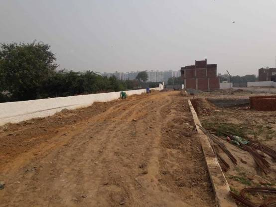 450 sqft, Plot in Builder sunrise villa and apartment Crossing Republik, Ghaziabad at Rs. 12.5000 Lacs