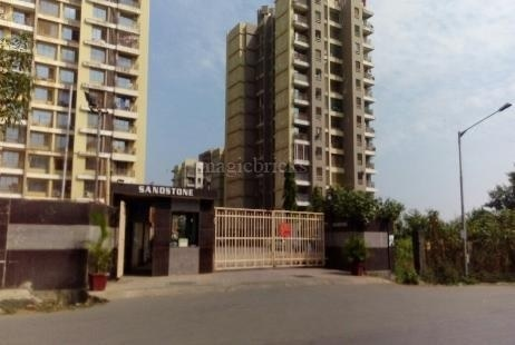 635 sqft, 1 bhk Apartment in Lucky Sandstone Mira Road East, Mumbai at Rs. 60.0000 Lacs