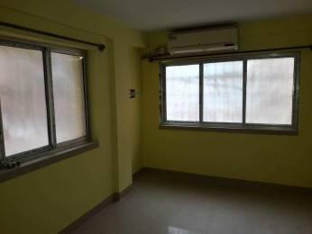 650 sqft, 1 bhk Apartment in Builder starr Prince Anwar Shah Rd, Kolkata at Rs. 8000