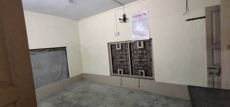 500 sqft, 1 bhk IndependentHouse in Builder Project south dum dum, Kolkata at Rs. 6000