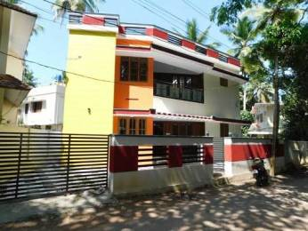 2000 sqft, 5 bhk IndependentHouse in Builder Project Sreekariyam, Trivandrum at Rs. 1.1000 Cr