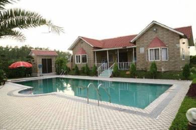 3960 sqft, 2 bhk Villa in Builder Farm House noida expressway, Noida at Rs. 55.0000 Lacs