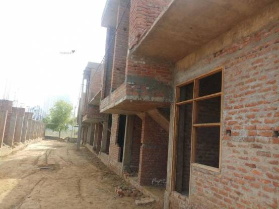 650 sqft, 2 bhk IndependentHouse in Siddhartham Mansion Shahberi, Greater Noida at Rs. 25.0000 Lacs