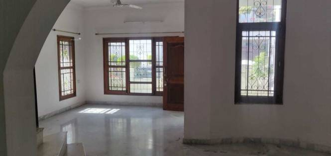 1400 sqft, 3 bhk IndependentHouse in Builder Project Chuna Bhatti Road, Bhopal at Rs. 25000