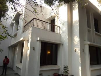 2100 sqft, 4 bhk IndependentHouse in Builder Project Defence Colony, Delhi at Rs. 30.0000 Cr