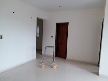 1000 sqft, 2 bhk Apartment in Hiren High Cliff Marathahalli, Bangalore at Rs. 63.0000 Lacs