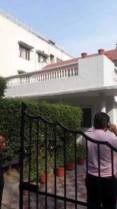 5000 sqft, 4 bhk IndependentHouse in Builder Project West End, Delhi at Rs. 3.5000 Lacs