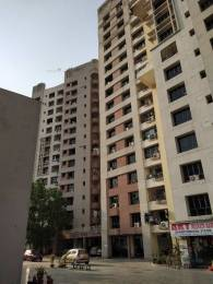 1060 sqft, 2 bhk Apartment in Ekta Floral Tangra, Kolkata at Rs. 28000