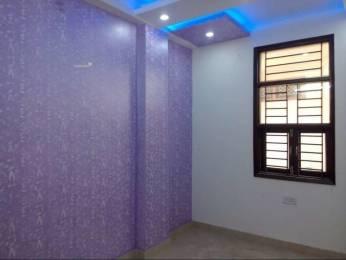 900 sqft, 3 bhk BuilderFloor in Builder Project Vishwas Park, Delhi at Rs. 40.0000 Lacs