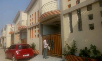 1100 sqft, 2 bhk IndependentHouse in Builder Project Chhota Bharwara, Lucknow at Rs. 11000