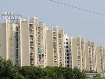 1110 sqft, 2 bhk Apartment in Omaxe Grand Sector 93B, Noida at Rs. 70.0000 Lacs