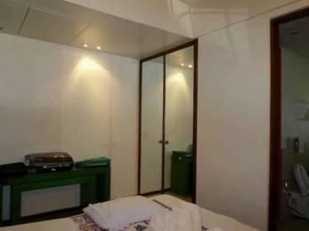 700 sqft, 1 bhk Apartment in Builder Poonam building Bandra West Bandra West, Mumbai at Rs. 2.8000 Cr