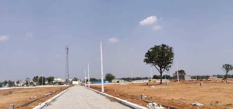 165 sqft, Plot in Builder suvarna bhoomi golden gate Bangalore highway, Hyderabad at Rs. 23.1000 Lacs