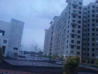 950 sqft, 2 bhk Apartment in Vista Luxuria Manjari, Pune at Rs. 13000