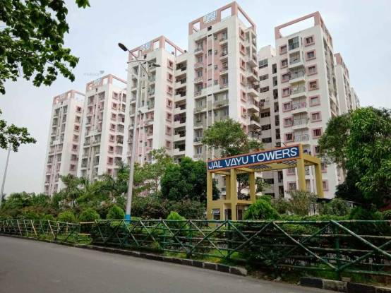 1670 sqft, 3 bhk Apartment in Reputed Jalvayu Tower New Town, Kolkata at Rs. 20000