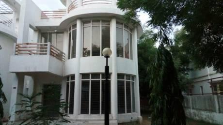 2000 sqft, 4 bhk Villa in Shree Balaji Villa Chandkheda, Ahmedabad at Rs. 24000